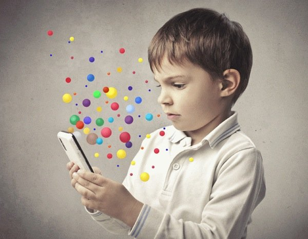 Smartphone_A_Threat_or_a_Life_Savior_for_Kids
