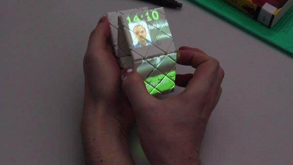 变形手机「Paddle」让人机交互更加接近现实世界