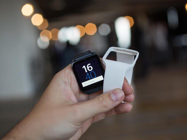 Sony-SmartWatch-3-Hands-on2